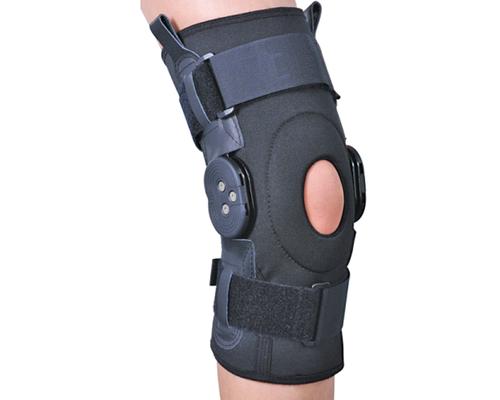 Бандаж на колінний суглоб зі спеціальними шарнірами Ortop ЕS-797 р.L чорний