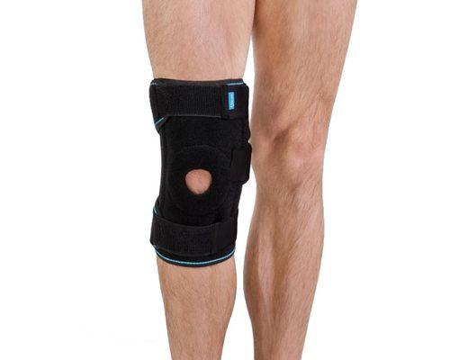 Ортез на колінний суглоб зі спіральними ребрами жорсткості Алком 4054 р.універсальний чорний